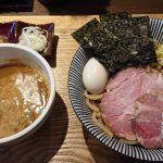 京成本八幡駅、長男、もんたいちおを初訪問! OPEN2ヵ月、早くも行列の人気店で頂く濃厚&極太麺の特製つけ麺